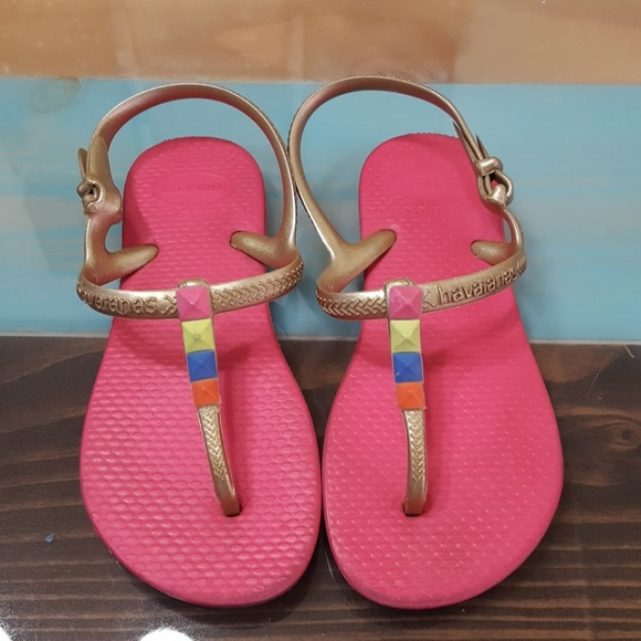 3c3f4264e10 Havaianas Other - Girls Havaianas Sandals